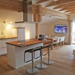 Ferienwohnung Gipfelglühen Küche mit Kochinsel