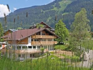 berghaus-anna-lisa-sommer-2015-wiese