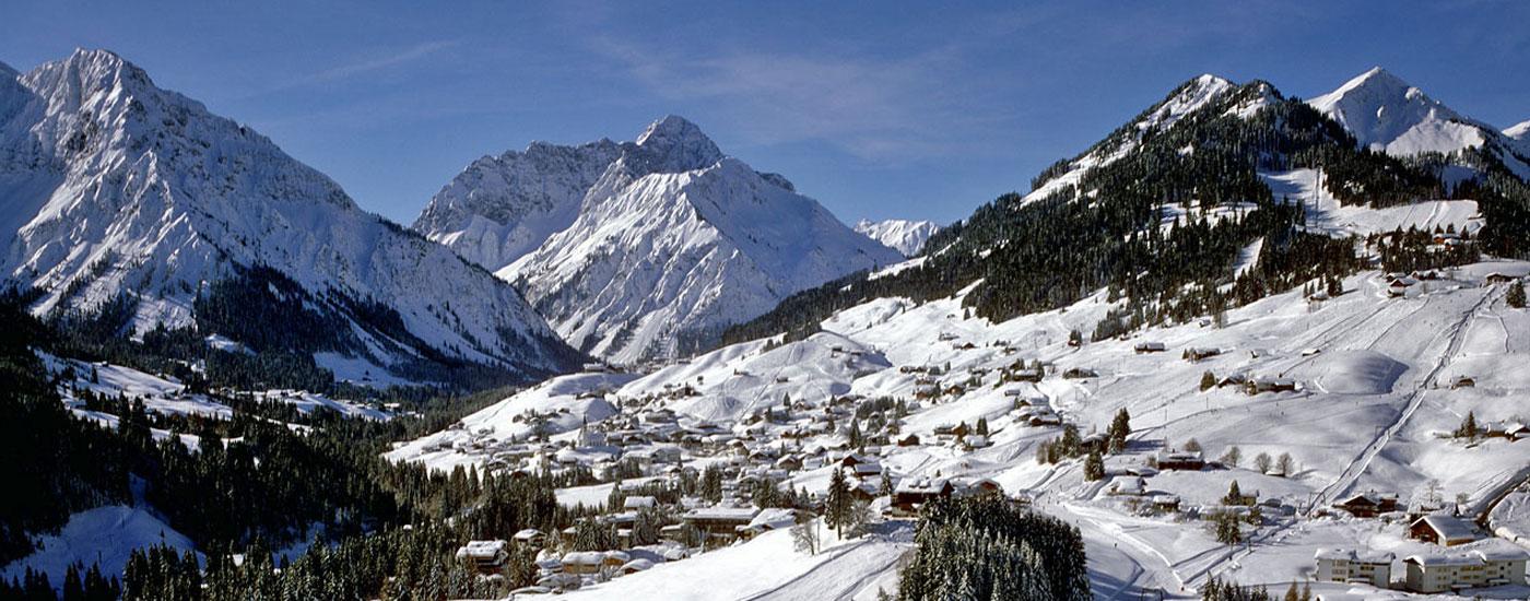 Kleinwalsertal Winter Luftaufnahme